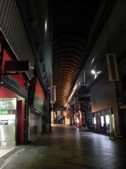 8月24日 大須の商店街。ちゃんと散歩も継続してます。